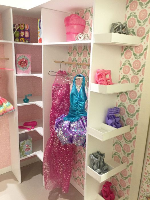 Popular Barbie dollhouse walk in closet casa de mu ecas