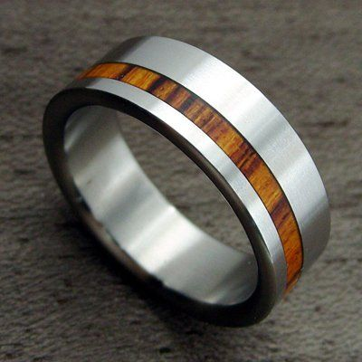 COI Jewelry Tungsten Carbide Ring With Wood (From US3.5 to US16) COI Jewelry http://www.amazon.com/dp/B00JEUFWUU/ref=cm_sw_r_pi_dp_oYs9ub1J26J0A