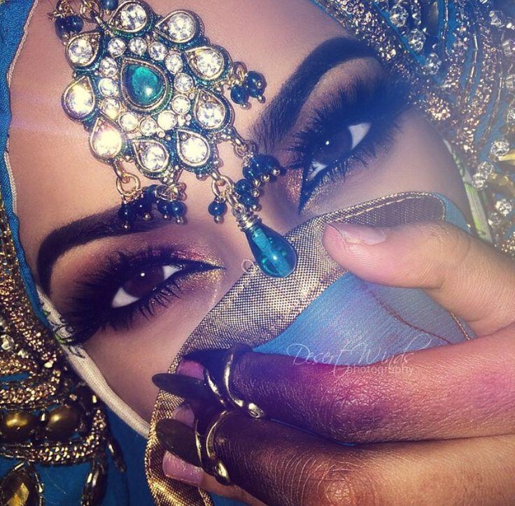 TheNorwegianPrincess♚ Yo she's hot!! ♥ I love her beautiful makeup