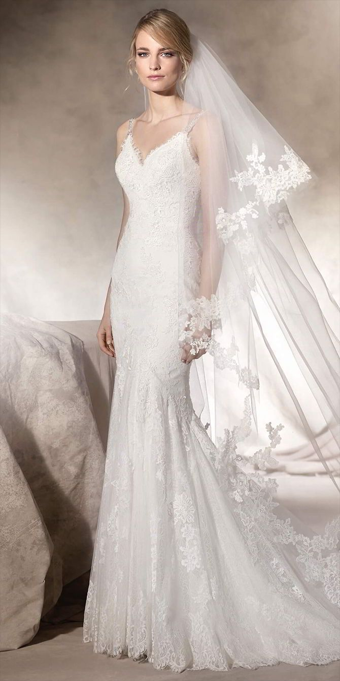 Mermaid Wedding Dresses : Marvellous mermaid wedding dress in tulle and embroidered tulle with lace and gu