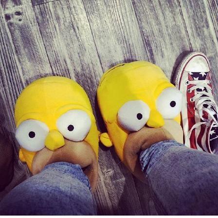 Tolle Hausschuhe von Deichmann für die kalten Wintertage :-) für nur 16,90€ hier  erhältlich #Deichmann #Schuhe #Homer #Simpson #Hausschuh #Winter