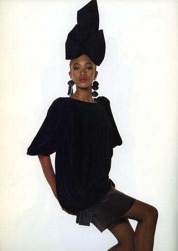 Yves Saint Lauent (1987-88) Catalogo Donna autunno-Inverno 1987-88