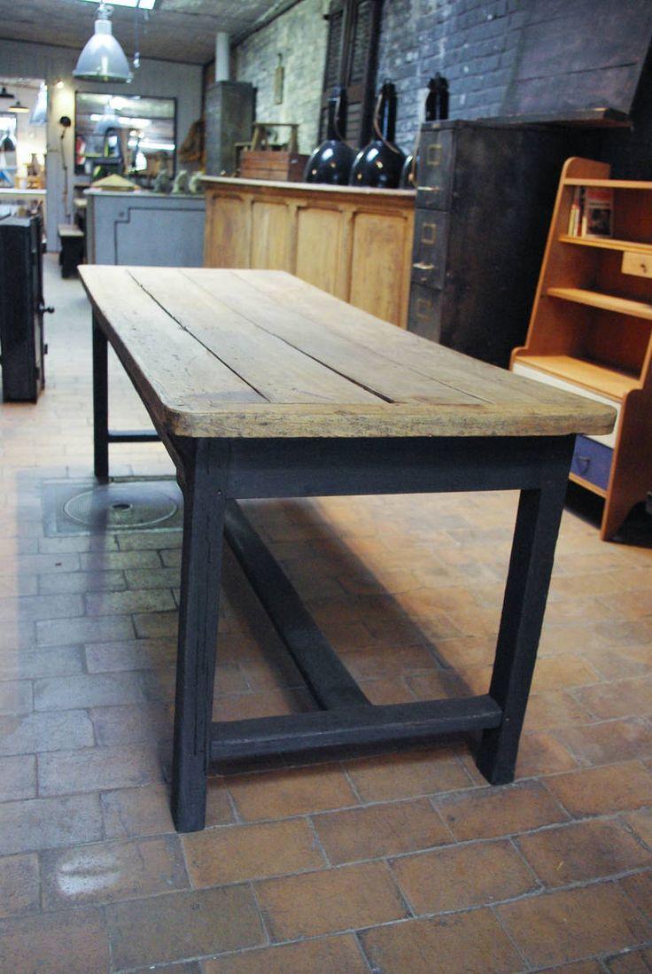 Ancienne table de ferme en chêne par le Marchand d'Oublis