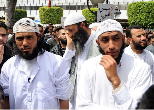 Plusieurs centaines d'islamistes fichés en Bretagne