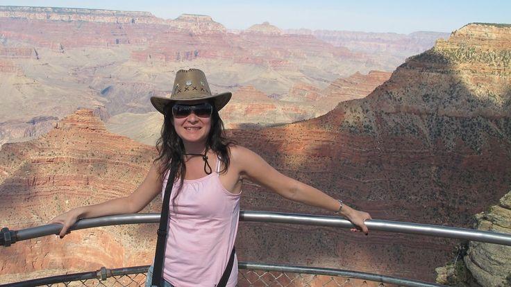VIAJES Europamundo: Parques Naturales de Estados Unidos Porque a veces lo que nos gusta es perdernos en la naturaleza y qué mejor manera de hacerlo que visitando algunos de los Parques Naturales más bellos de toda Norteamérica: Gran Cañón, Death Valley, Josemite... ¿Te los vas a perder?  Gracias a @bmfer29 por su foto!