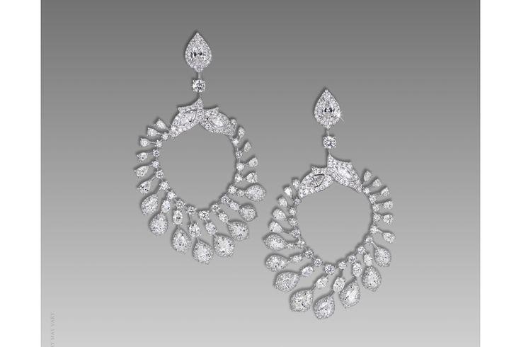 David Morris boucles d'oreilles diamants http://www.vogue.fr/joaillerie/shopping/diaporama/boucles-d-oreilles-diamants-de-fetes/21603/image/1123307#!david-morris-boucles-d-039-oreilles-diamants