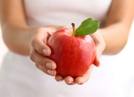15 health benefits of eating apples -- From your bones to protecting you against serious diseases