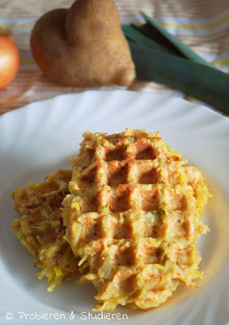Grombeerwaffele mit Lauch & Apfelkompott {Kartoffel-Waffeln}  #herzhaftewaffeln