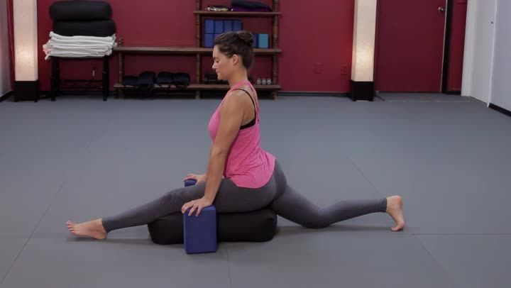 How To Do The Splits For Beginners If You Have Never Done Them Before (Video) | LIVESTRONG.COM
