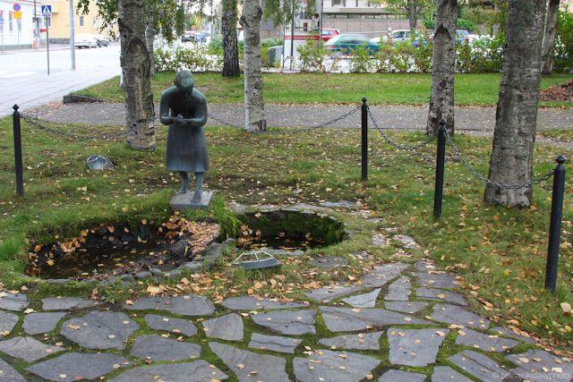 Statue of a shepherdess in the center of Seinäjoki