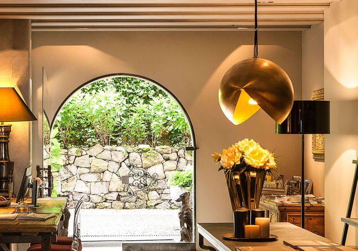 Lichtstudio Lichtdesign Leuchten · REFERENZEN · Meran Südtirol Italien  #lighting projects #hotellighting #südtirol #italy #luxuryhotel #boutiquehotel