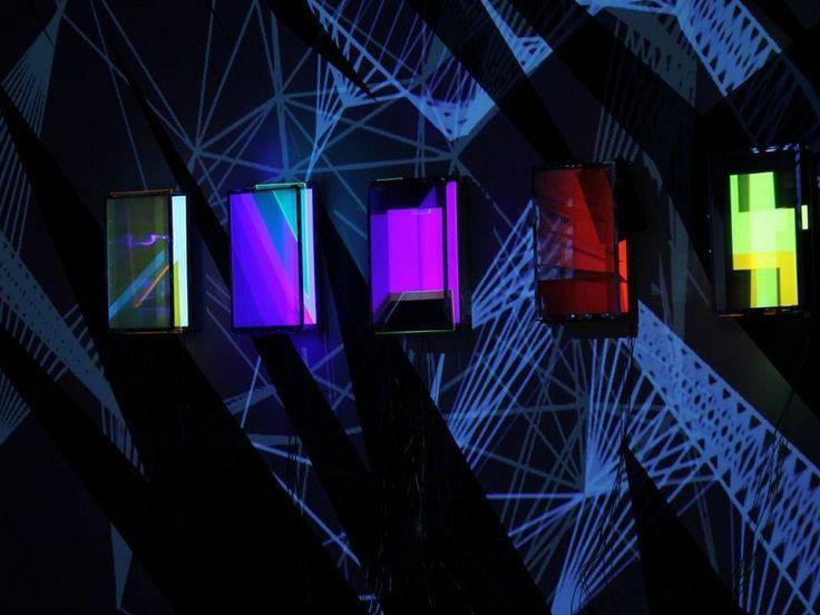 """Está em exibição no Oi Futuro Ipanema a mostra """"Proestruturas"""", do coletivo carioca Moleculagem, com curadoria de Alberto Saraiva."""