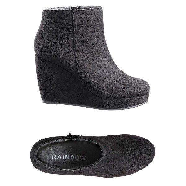 Telitalpú csizma ❤ liked on Polyvore featuring shoes