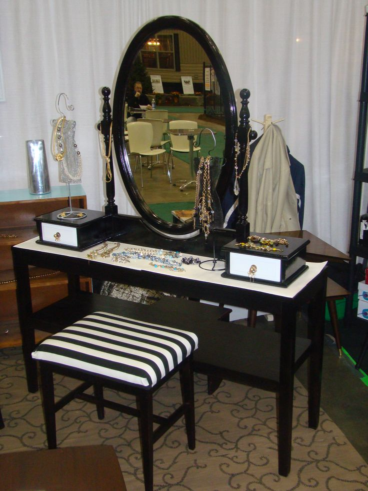 Home staging and photo props,sales and rentals, to make your selection visit http://www.findandtreasure.com/catalogue.html