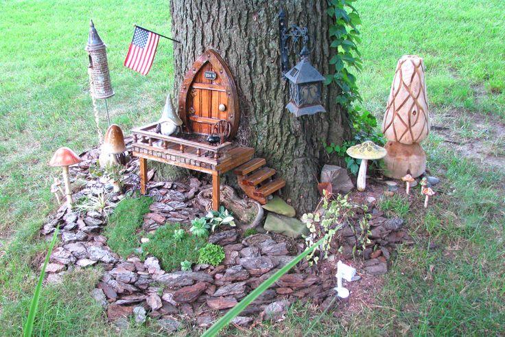 Gnome In Garden: Gnome Home Back Door