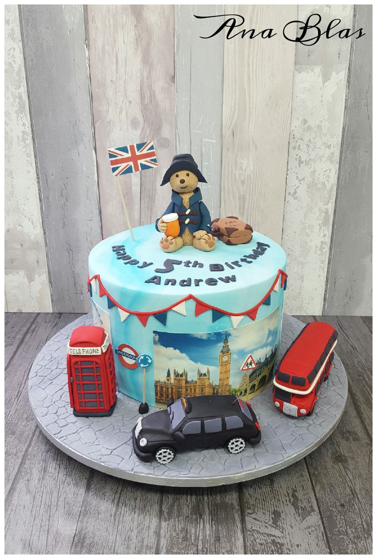 Paddington Bear cake #PADDINGTONBEAR #London #British #Patriotic #taxi #phonebox #bigredbus #Londontown #Londoner #cakes #birthdaycakes #makeitspecial #familycakes www.familycakes.co.uk