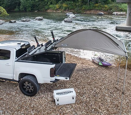 Built for any season, the Ridgelander is the most dynamic multipurpose truck bed cover on the market. Haul your snowboards in the winter, or secure your fishing rods in the summer time. With Ridgelander, the possibilities are endless.