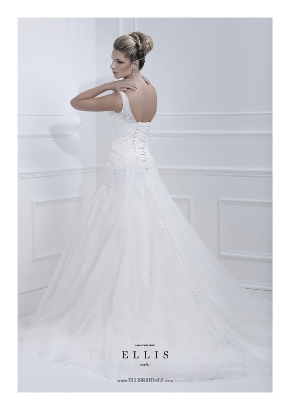 on her wedding dress programs at the illinois known modest design