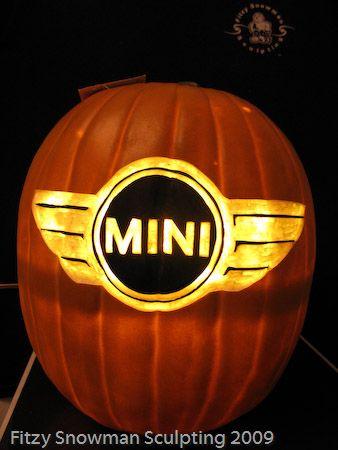 Mini Logo foam pumpkin