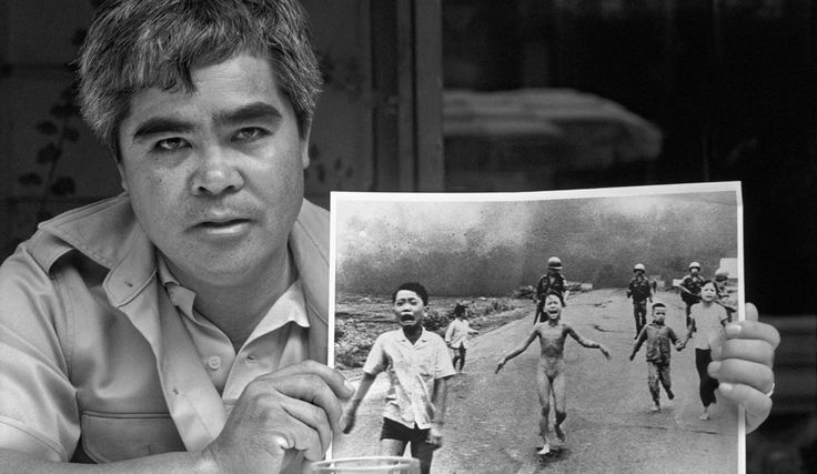 Nick Ut Vietnamese photojournalist and his famous photo.