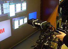 Handheld projector atau biasa disebut sebagai #mini projector dan mini #beamer