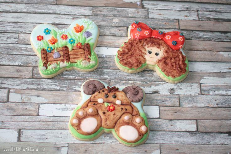 #cookies #kekse #royalicing #eiweißspritzglasur #cookieart #kekskunst #ginkgowerkstatt  #handpainted  #handbemalt  #cookieconnection #challenge #monster #girl #mädchen #butterfly #schmetterling #repurposed #flowers #blumen