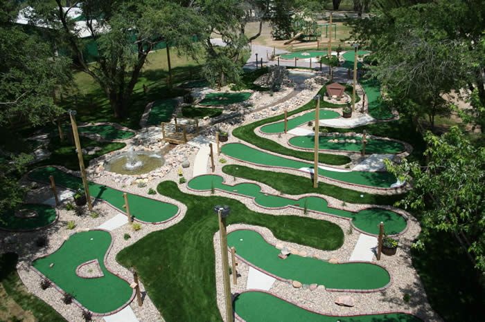 Mini Golf Course Ideas | STRANGE MINIATURE GOLF COURSES AND PUTT PUTT HOLES