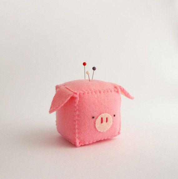 Cube Pig Pincushion stuffed and soft toy by trepuntozerocivette, €10.00