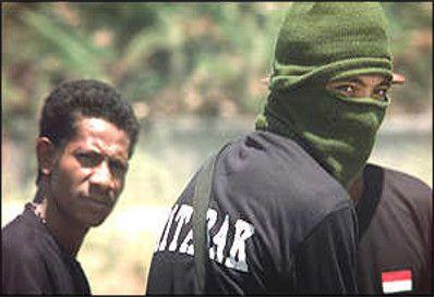 Aitarak- inicialmente não tiveram problemas em praticar tais crimes contra a população indefesa, e com a conivência do governo da Indonésia, os principais financiadores da milicia unionista,