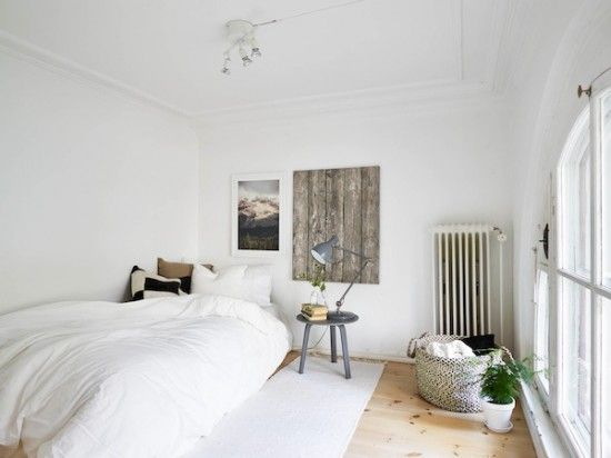 Licht appartement met ovale ramen   Wooninspiratie