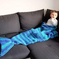 Mactivitäten: Mermaid Blanket – wunderschöne Häkeldecke mit Meerjungfrauenschwanz :-)