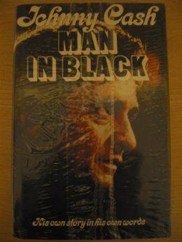 Johnny Cash: Man in Black: his own story in his own words  Mieluiten suomenkielisenä, mutta myös englanninkielinen kelpaa. Voi olla pokkarikin ja vaikka vähän huonompi kuntoinenkin,(luettavassa kunnossa kuitenkin toki!) kunhan vaan tämän  jostain saisi.
