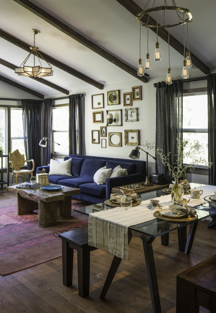 """Pretty Little Liars"" Star Ian Harding's Living Room"
