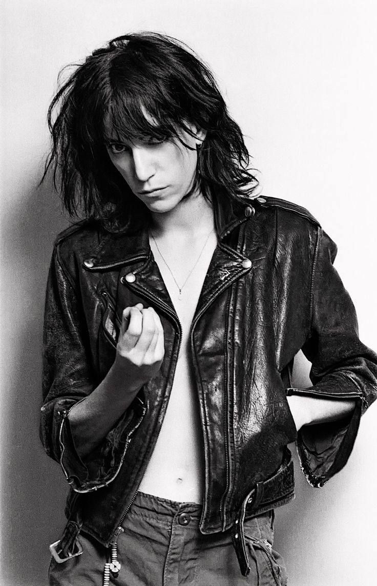 a biography of the early life of patti smith Photos a biography of the early life of patti smith in miami 1964.