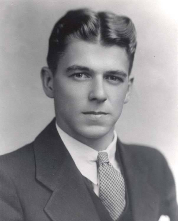 1934 - The Future President Ronald Reagan - A Very Handsome Man