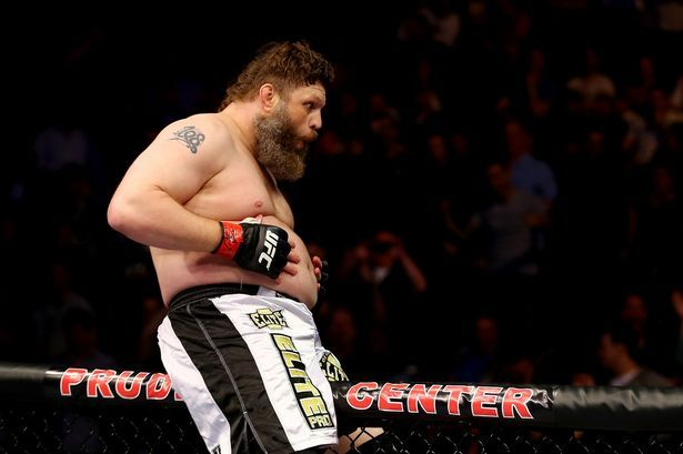 Roy Nelson Is Here To Steal Your Lunch Money - http://www.lowkickmma.com/UFC/roy-nelson-is-here-to-steal-your-lunch-money/