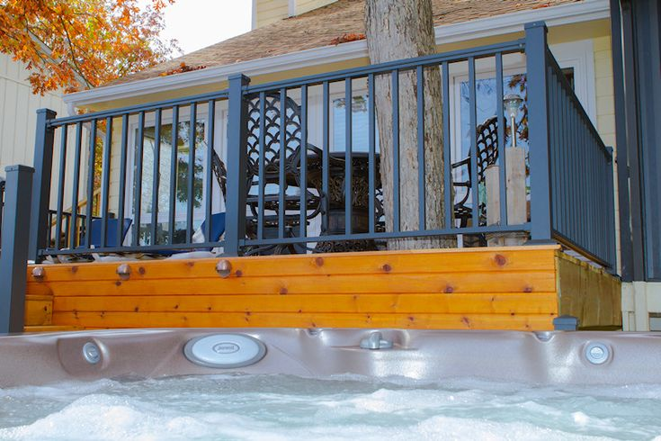 Madden Manufacturing | Aluminum Handrail, Screen Enclosures, Patio Covers, Roof Systems