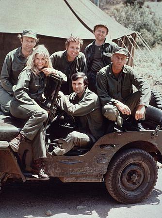 """M.A.S.H."" - Alan Alda, Gary Burghoff, Larry Linville, Wayne Rogers, McLean Stevenson, Loretta Swit (Original TV Cast)"