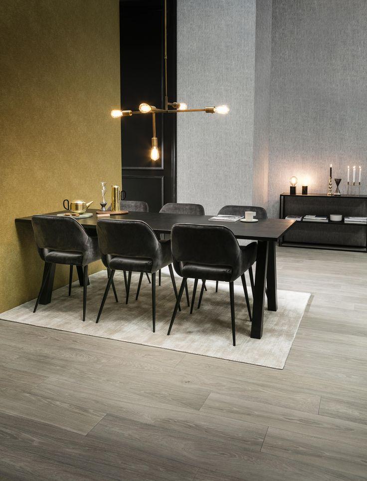 City Loft | eetkamer, messing hanglamp, zwarte eettafel, eetkamerstoelen | brass lamp, black dining table, dining chairs | KARWEI 9-2017