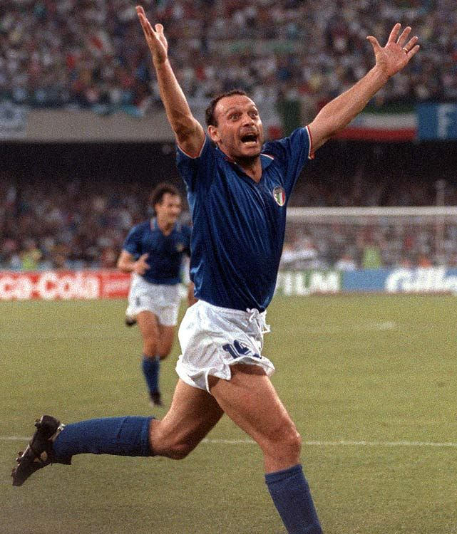 Salvatore ''Toto'' Schillaci, 1990 Toto Schillaci won the golden boot at Italia 90. After the end of the 1990 World Cup, Schillaci played one more year for Juventus, before joining Internazionale.[2] Schillaci did not leave a great record for the Inter fans, as well as for the Juventus ones, mainly because of physical troubles which he suffered after the 1990 campaign. In 1994 he joined Japanese club Jubilo Iwata, becoming the first Italian player to play in the J. League.