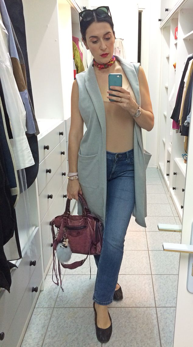 Pink Woman long grey vest/nude body intimissimi/Marks&Spencer jeans/Balenciaga City bag & bracelet/Hermes twilly/Cartier Ballon Bleu watch/Zara ballet flats/Celine shades