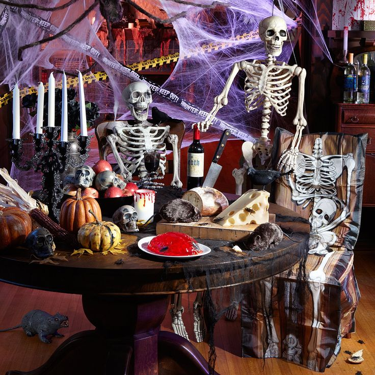 scary skeleton halloween decorating - Halloween Skeletons