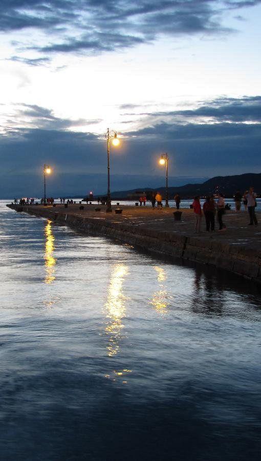 Molo Audace at dusk.. Trieste, Italy (by Ferruccio Venanzio)