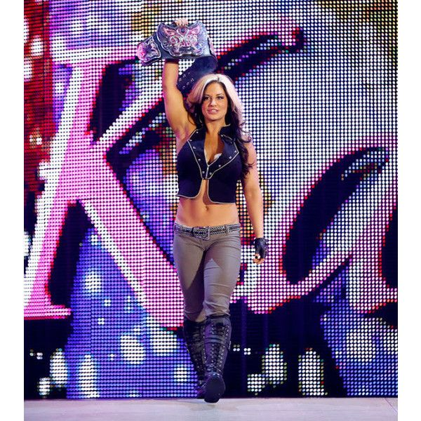 Beautiful Women of Wrestling WWE Diva Kaitlyn ❤ liked on Polyvore featuring wwe, divas and kaitlyn