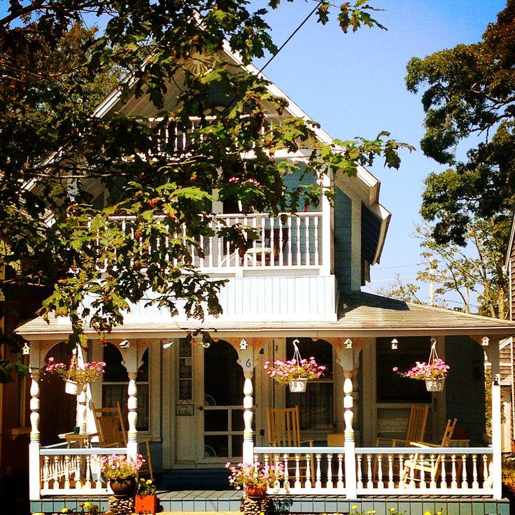 Oak Bluffs cottage (Martha's Vineyard)