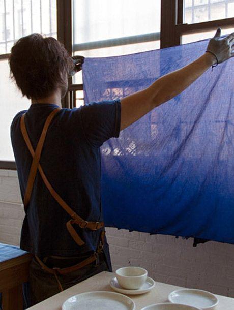 BUAISOU: los artesanos japoneses del tinte índigo | itfashion.com