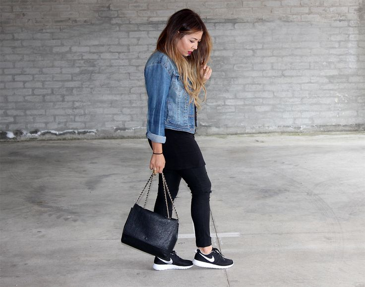 nike roshe run-Black ripped jeans Denim Jacket. Simple and Chic