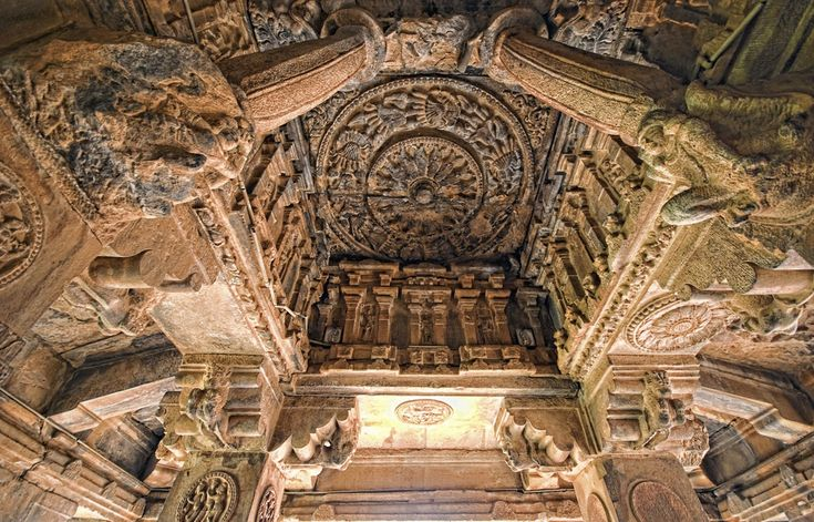 Badami caves Carvings http://www.mysteryofindia.com/2015/10/the-rock-cut-cave-temples-of-badami.html