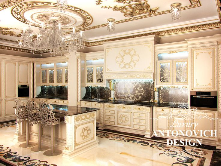 Элитный дизайн виллы с красивой столовой в классическом стиле от студии дизайна в Астане