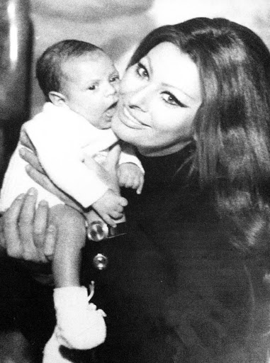 Sophia Loren and her first? | Sophia w/Family | Pinterest ...